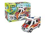 Revell Junior Kit 824 Rettungswagen mit Spielfigur Bauen-Schrauben-Spielen für Kinder ab 4, Mehrfarbig