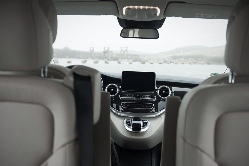 Mercedes-Benz V-Klasse (2014) Sicht nach vorne