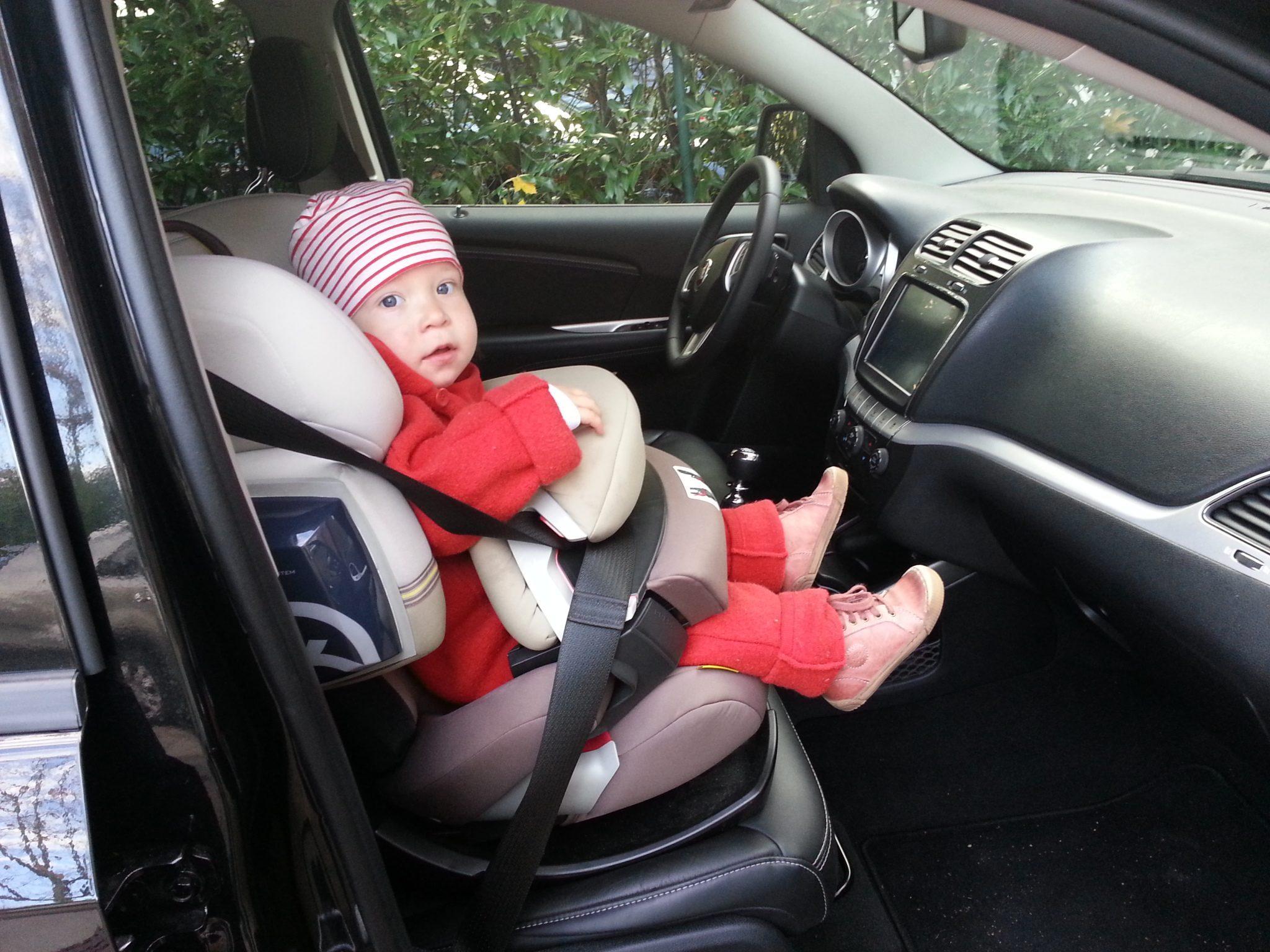 Fiat Freemont Kindersitz vorne