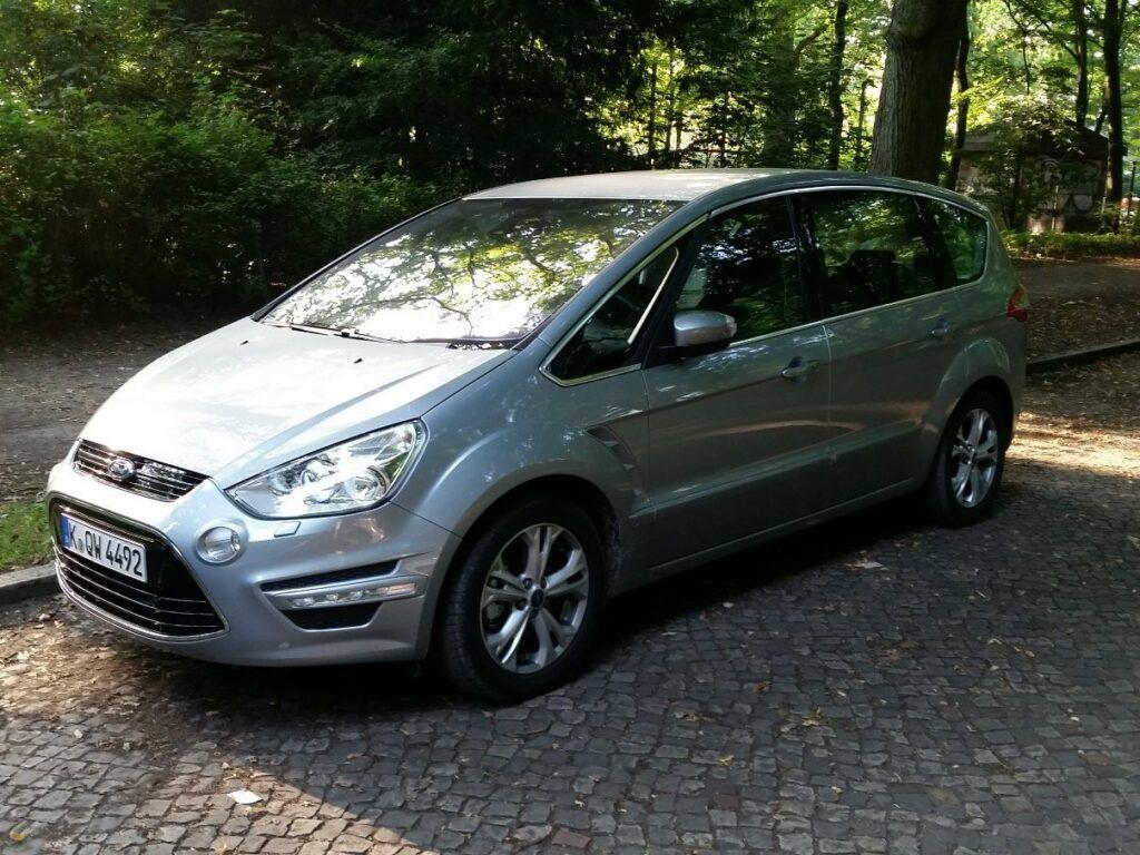 Ford S-MAX Titanium (2014) Front