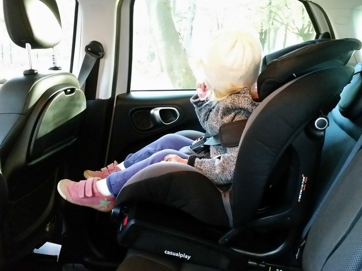 Fiat 500L Beats Edition Kindersitz