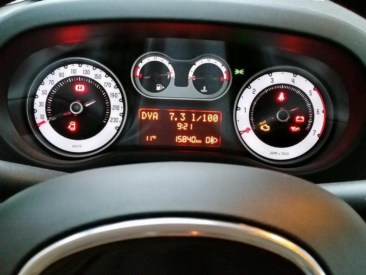 Fiat 500L Beats Edition Instrumente