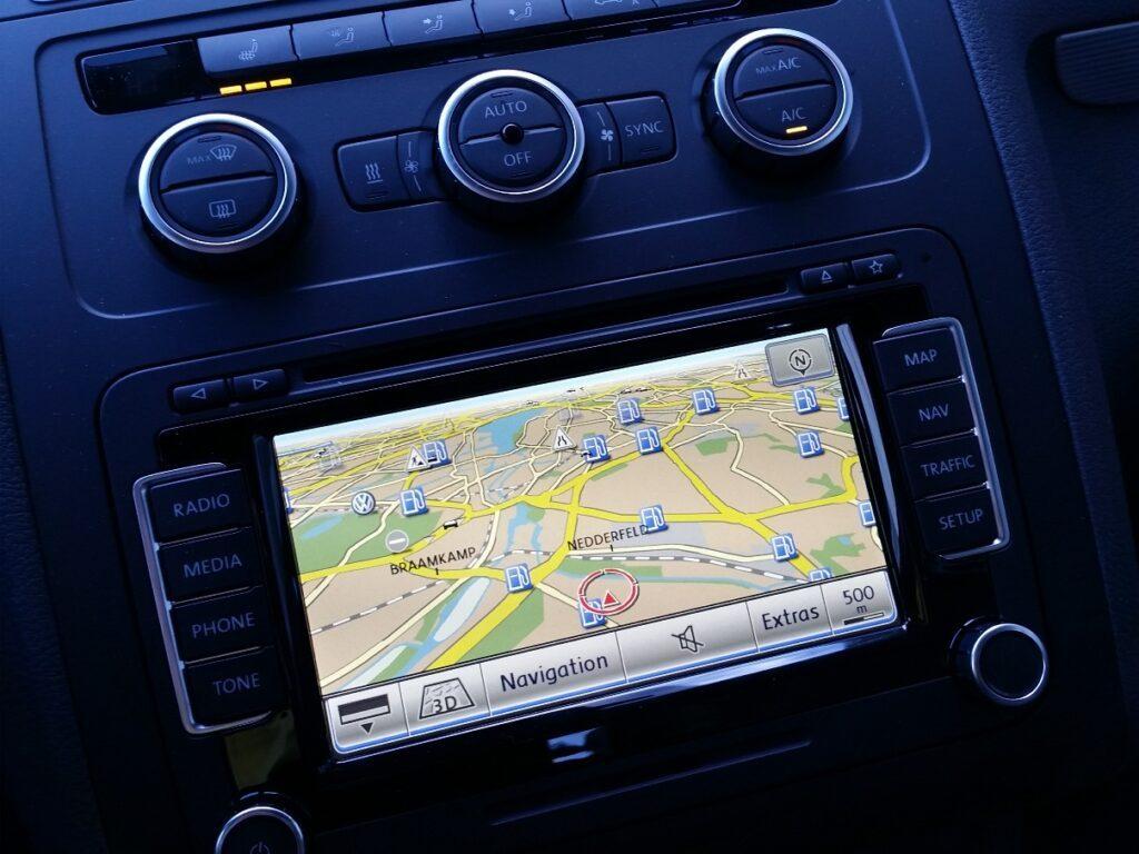 VW Touran TDI (2015) Instrumente