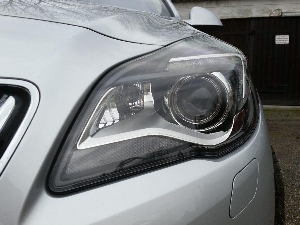 Opel Insignia Sports Tourer (2015) Scheinwerfer