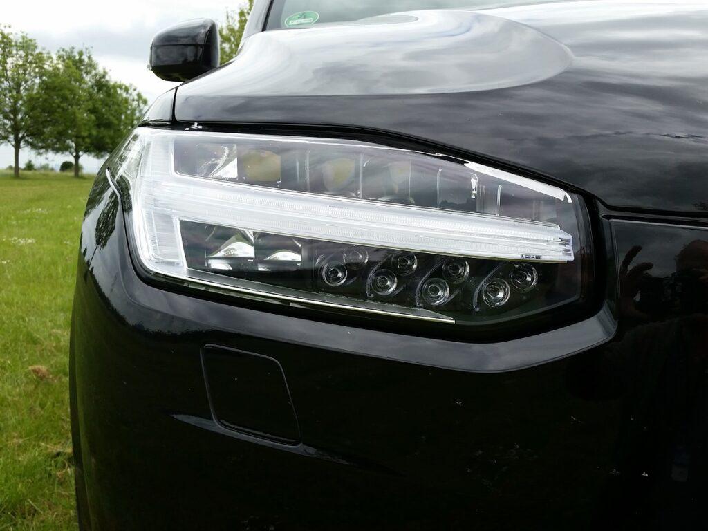 Volvo XC90 Scheinwerfer