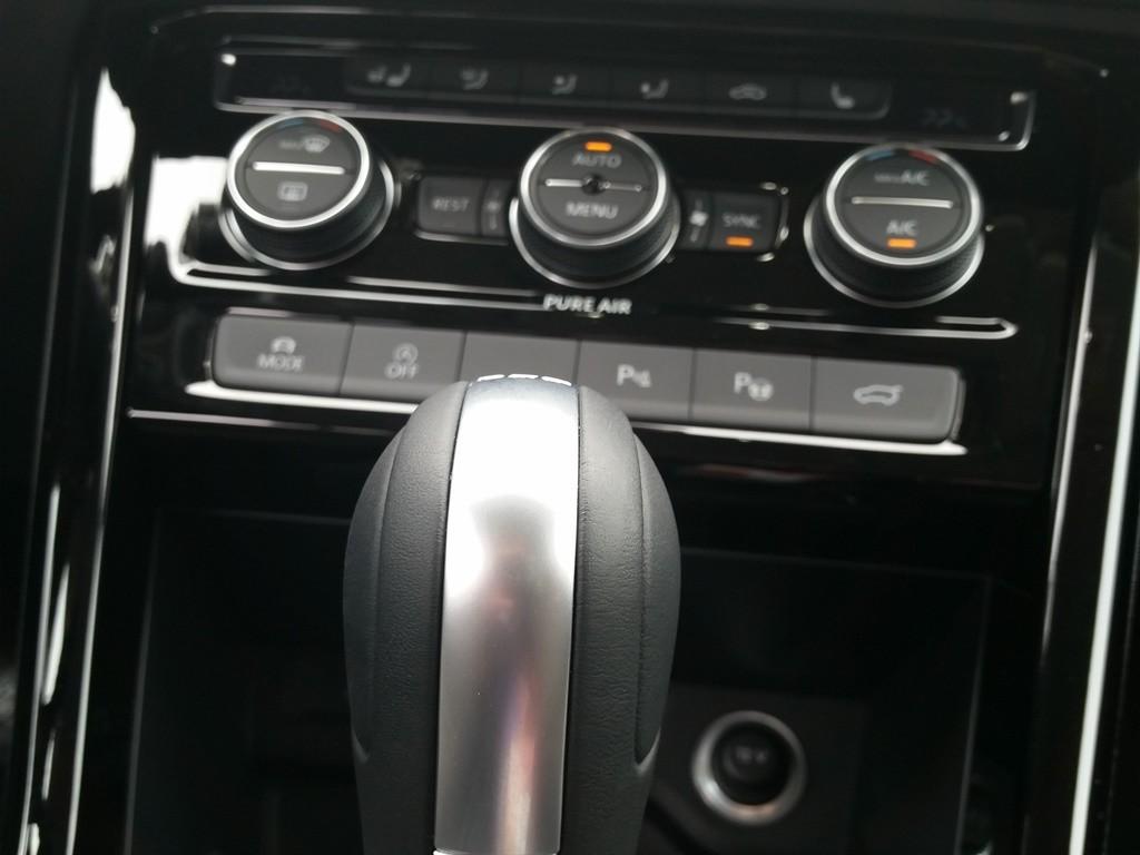 VW Touran (2015) Instrumente