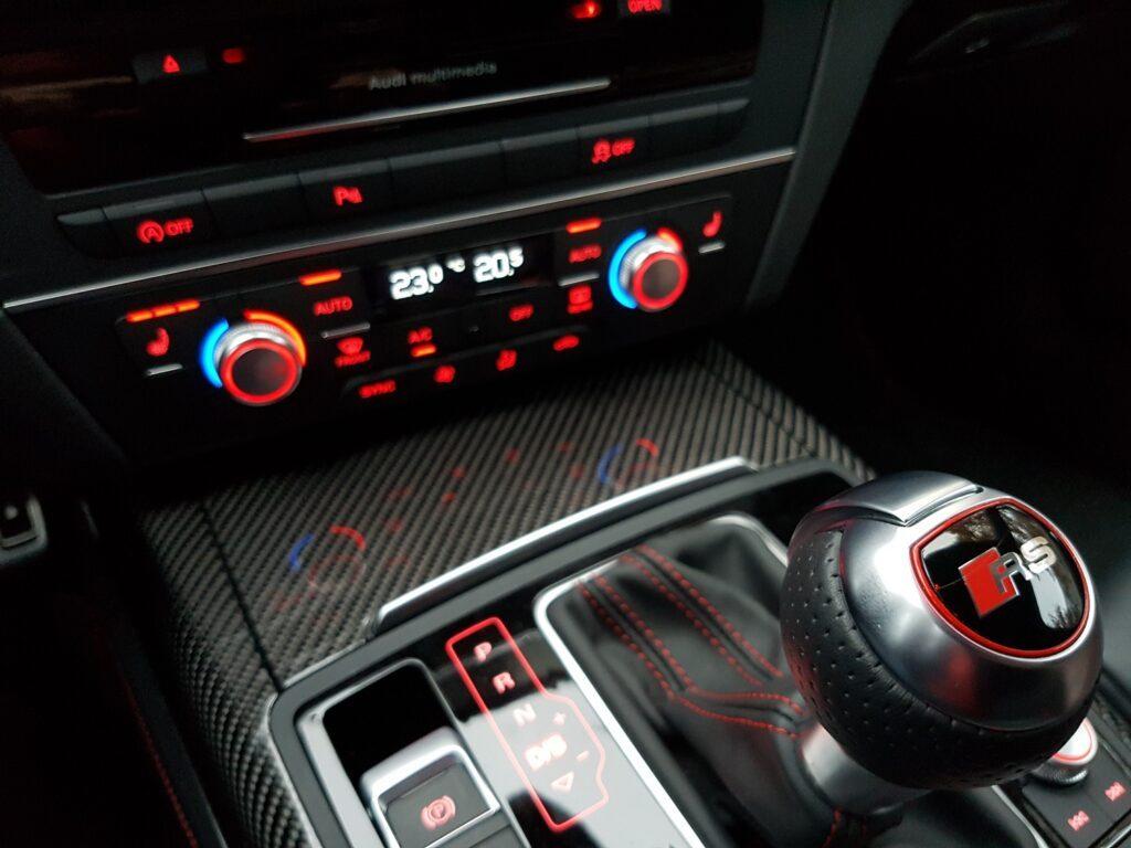 Audi RS 6 performance Interieur