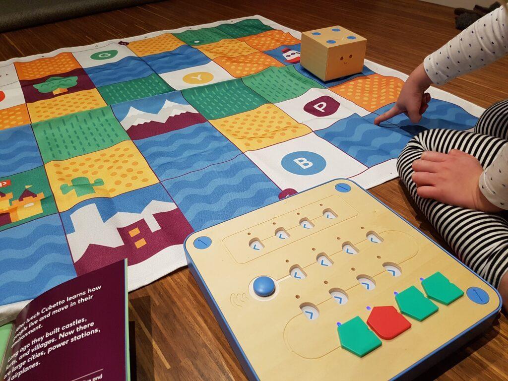 primo toys cubetto coding