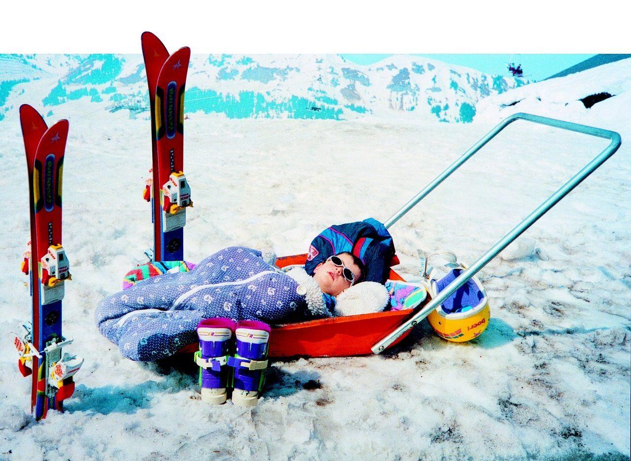 skier 1651844 1280