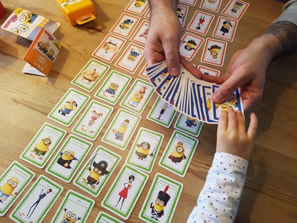 Shuffle-Minions-ASS_Altenburger_Kartenspiel