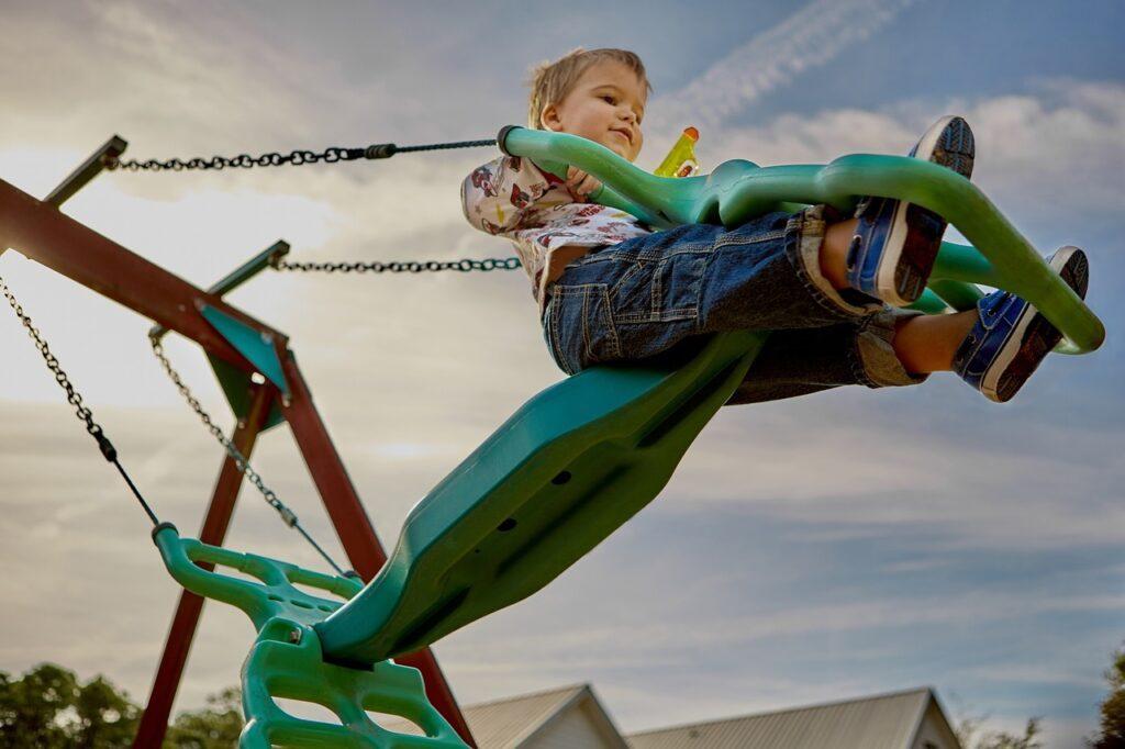 playground 691129 1280