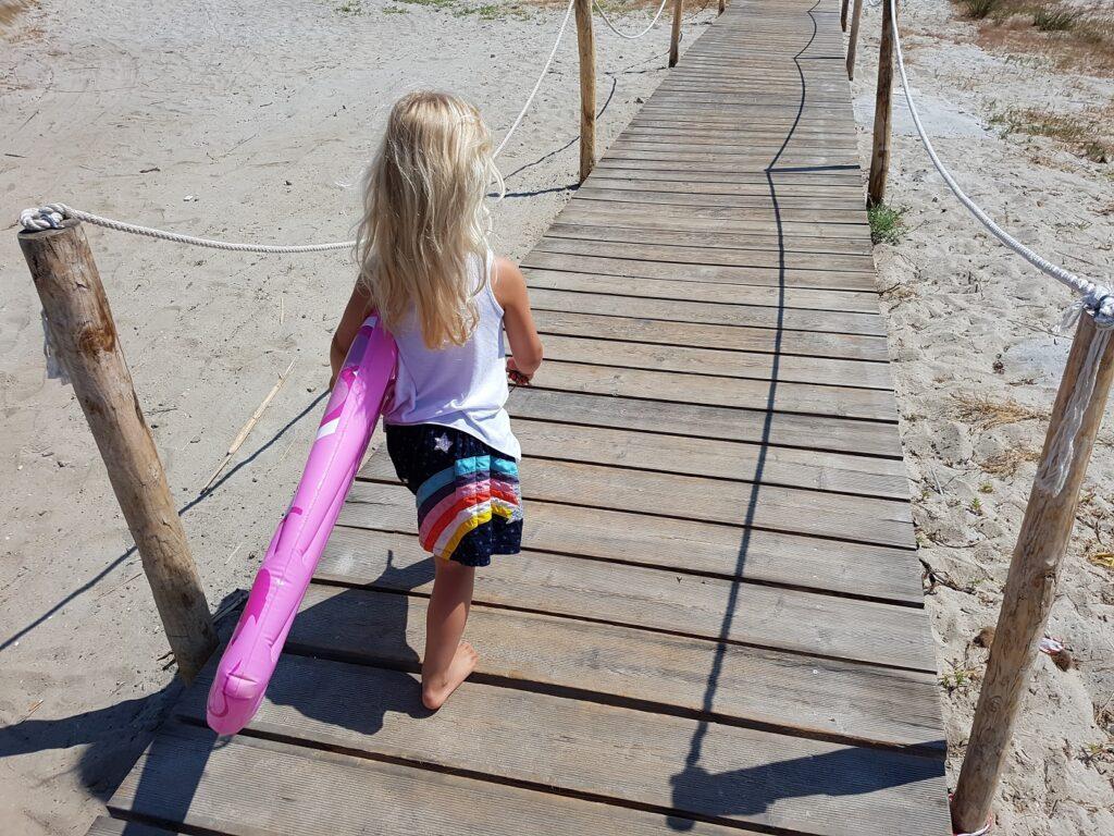 Sardinien Surfergirl