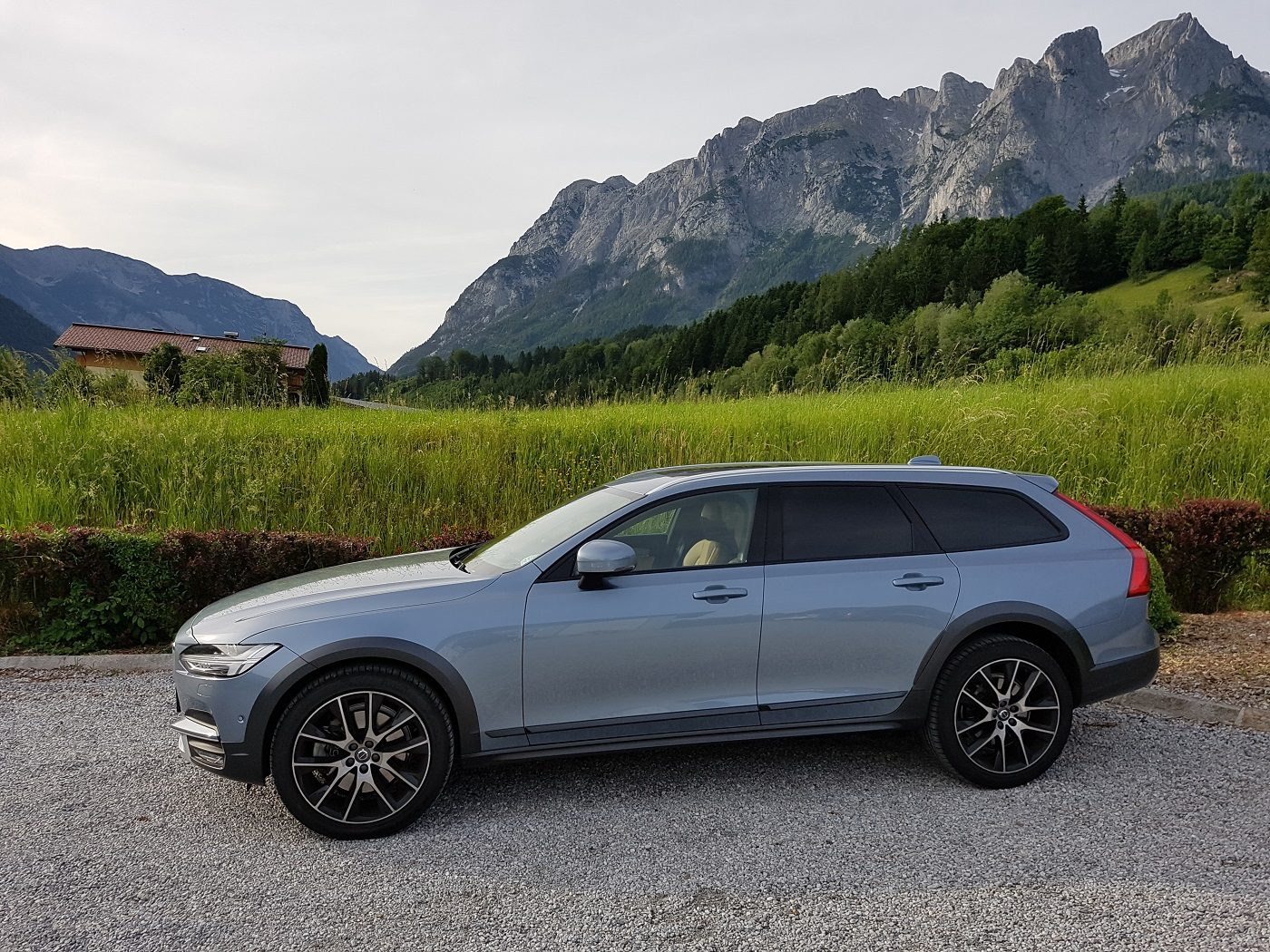 Volvo V90 Cross Country Familienauto