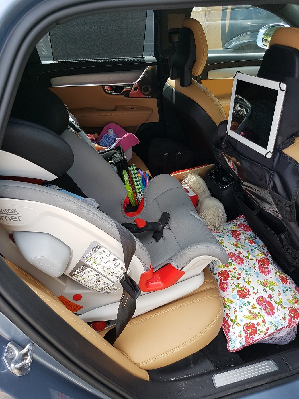 Volvo V90 Cross Country Kindersitz