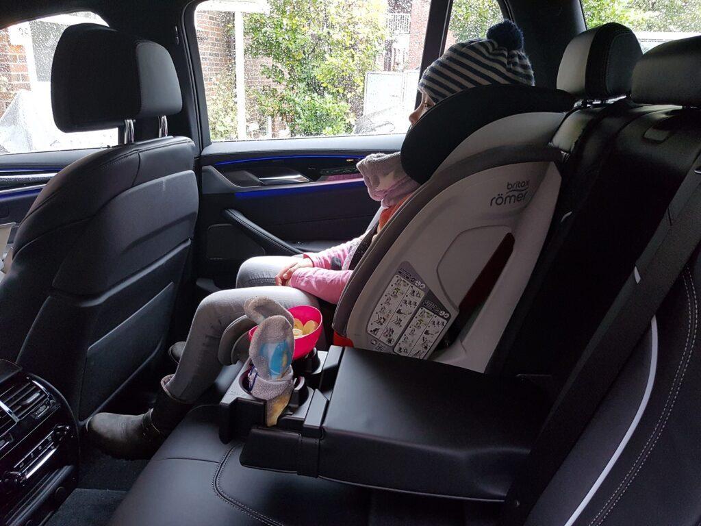 BMW 530i Touring Familienauto Kindersitz