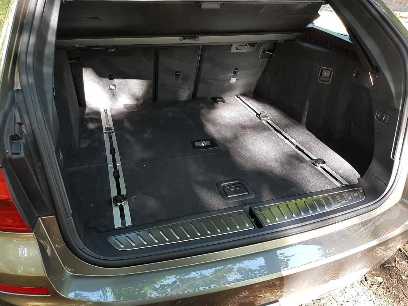 BMW 530i Touring Familienauto Kofferraum