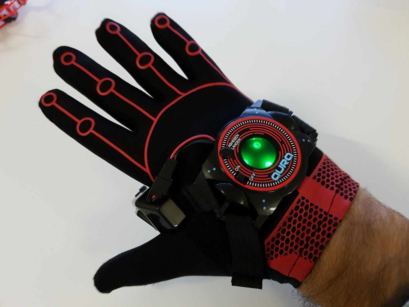 Aura gestengesteuerte Drohne Handschuh