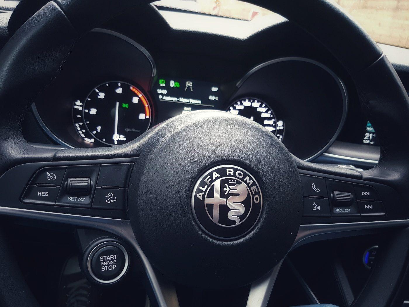 Enterprise Alfa Romeo Stelvio Lenkrad-01