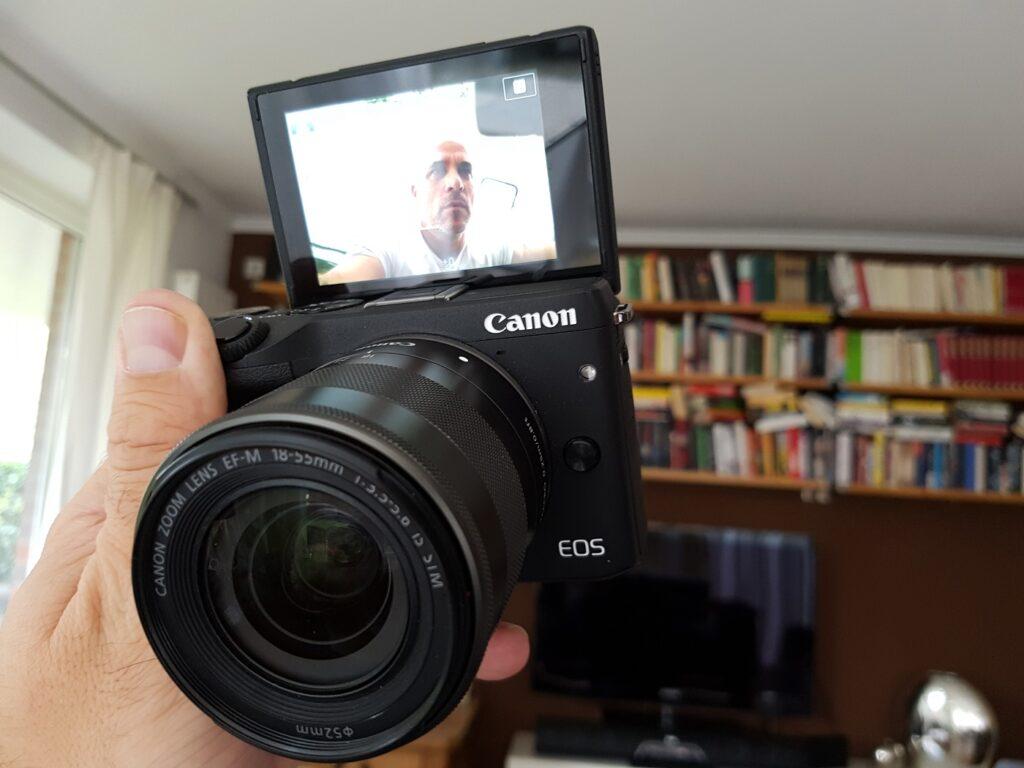 Canon EOS M3 Systemkamera Selfie