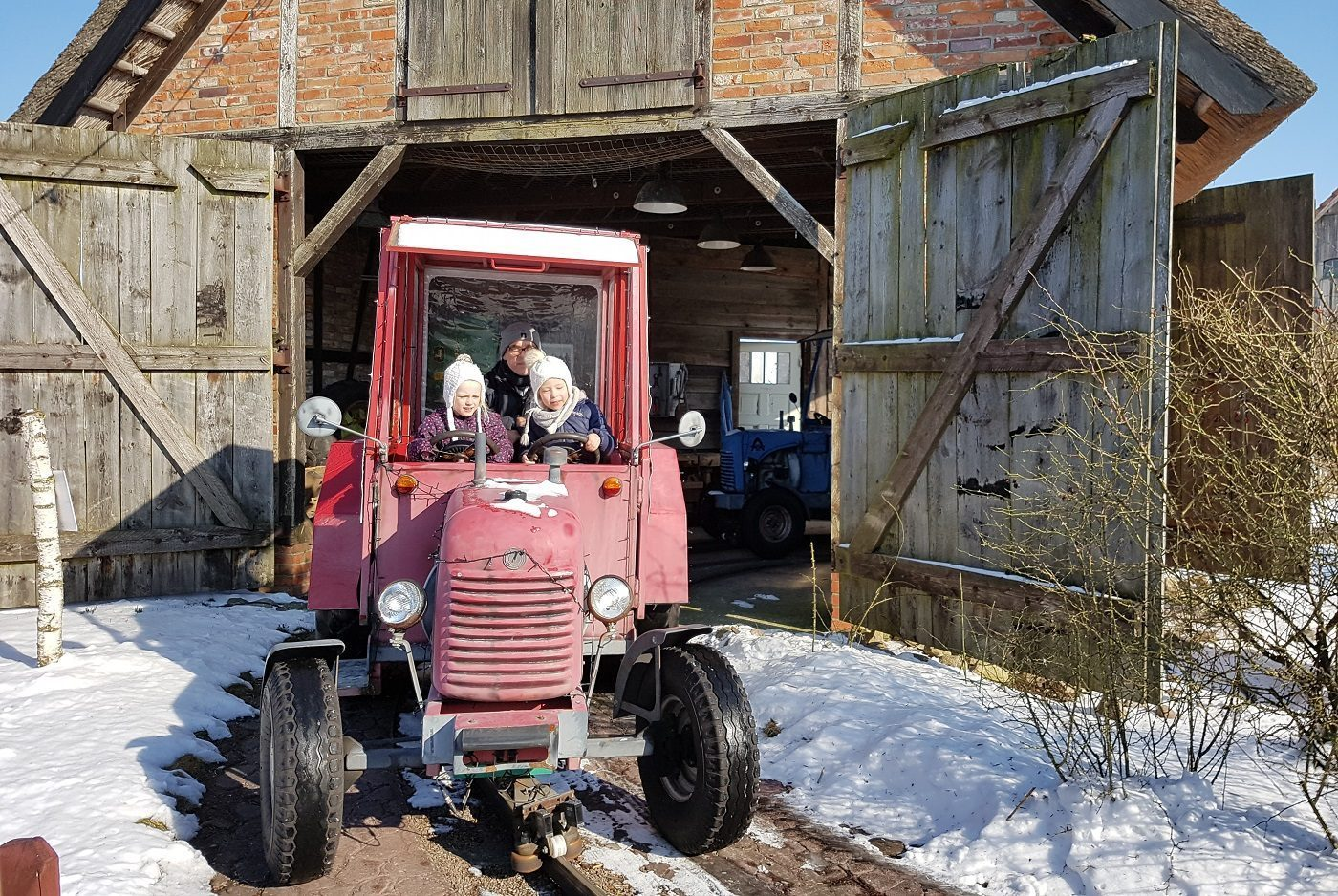 Karls Erlebnis-Dorf Traktorfahrt