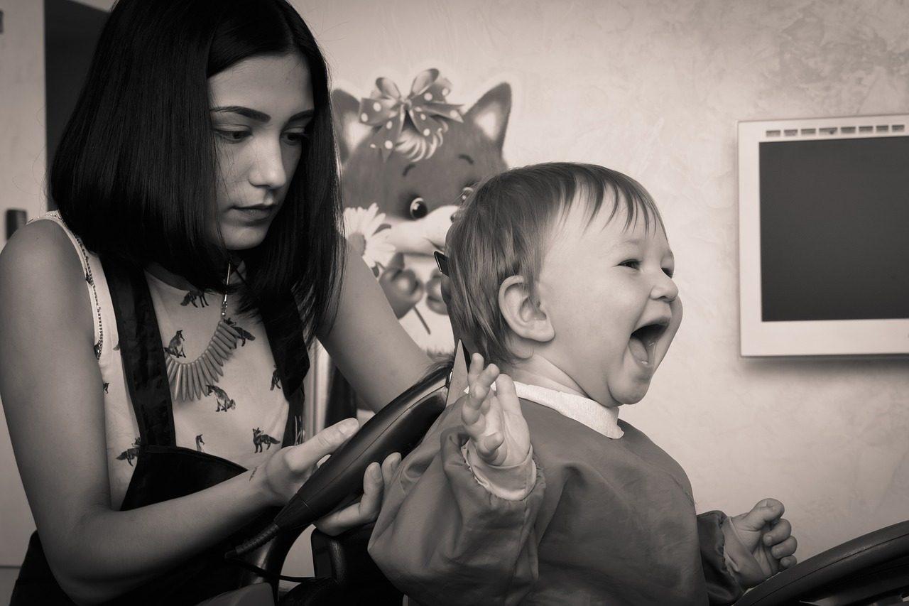 hairdresser 659139 1280