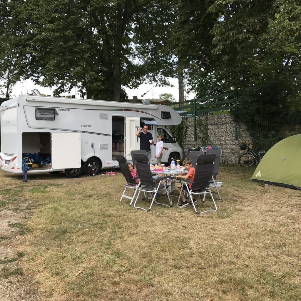 Camping La grappe dorMeursault