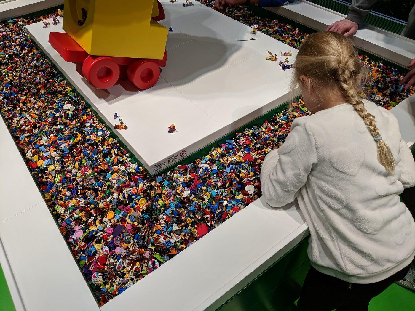 Lego House Minifigur