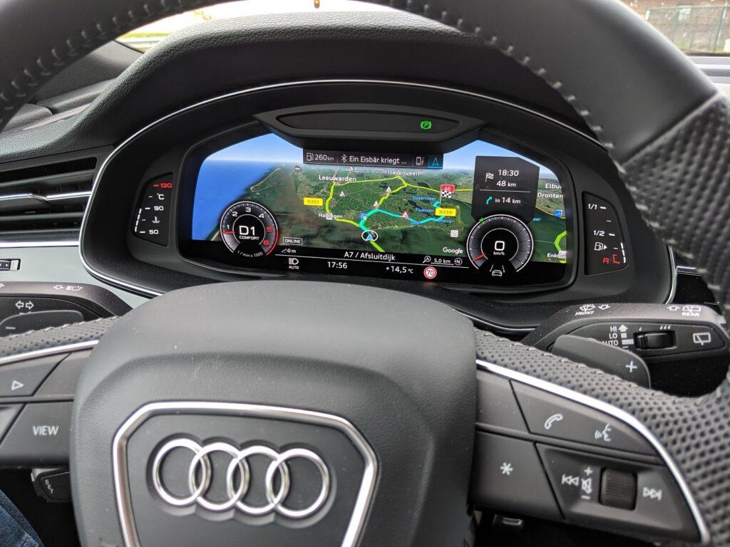 Audi Q8 Lenkrad