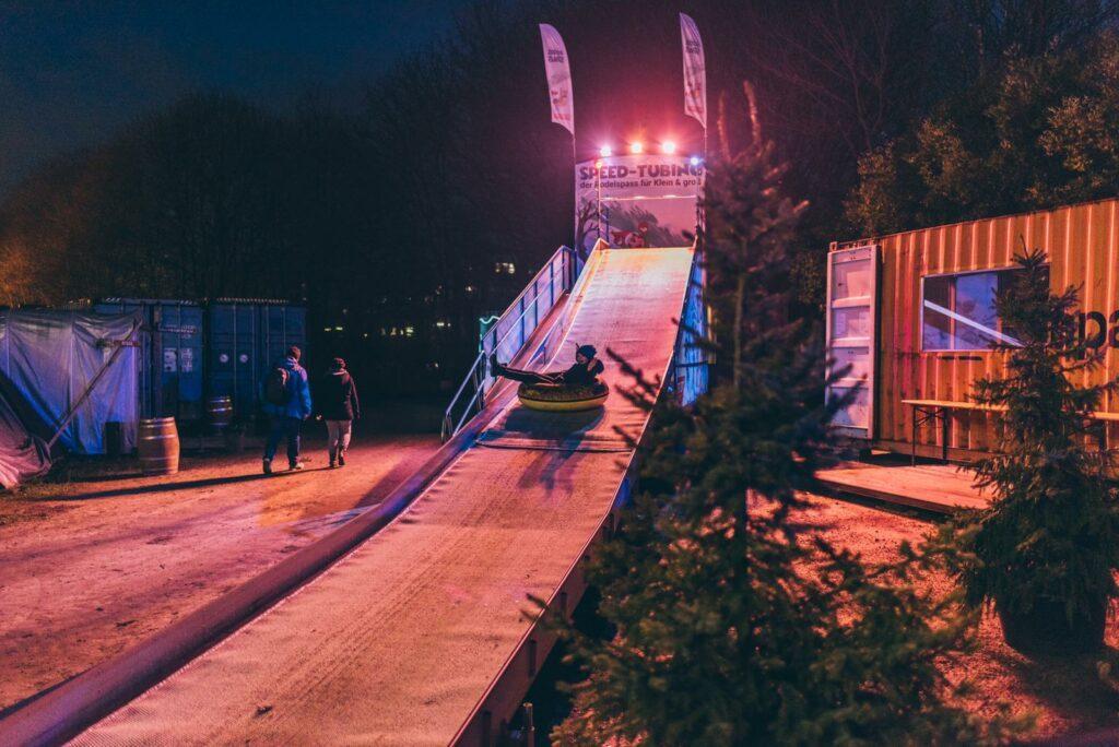 Eisrutsche beim Winterspektakel Hamburg