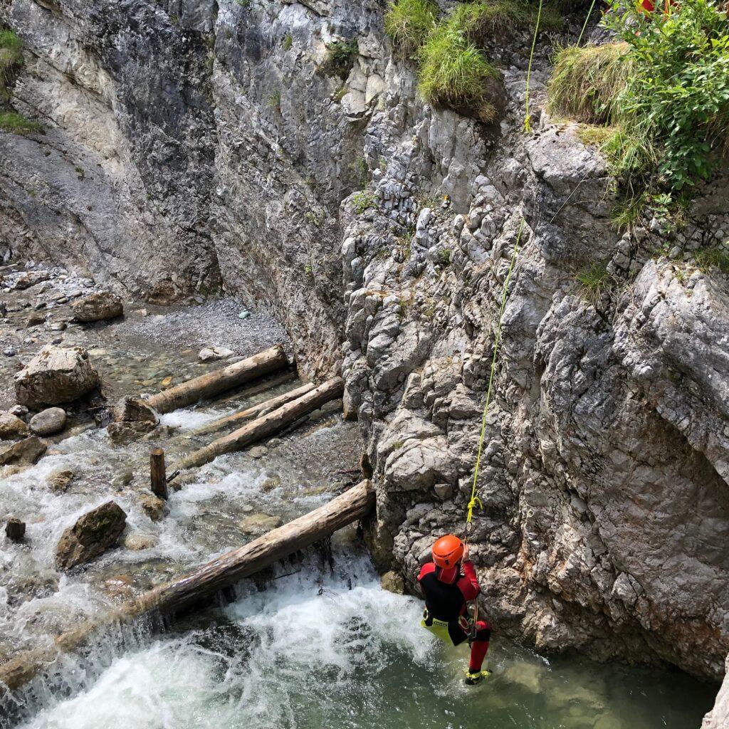 Canyoning ist eine spannende Sache für Klein und Groß