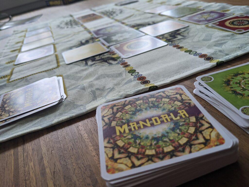 Mandala taktisches Kartenspiel