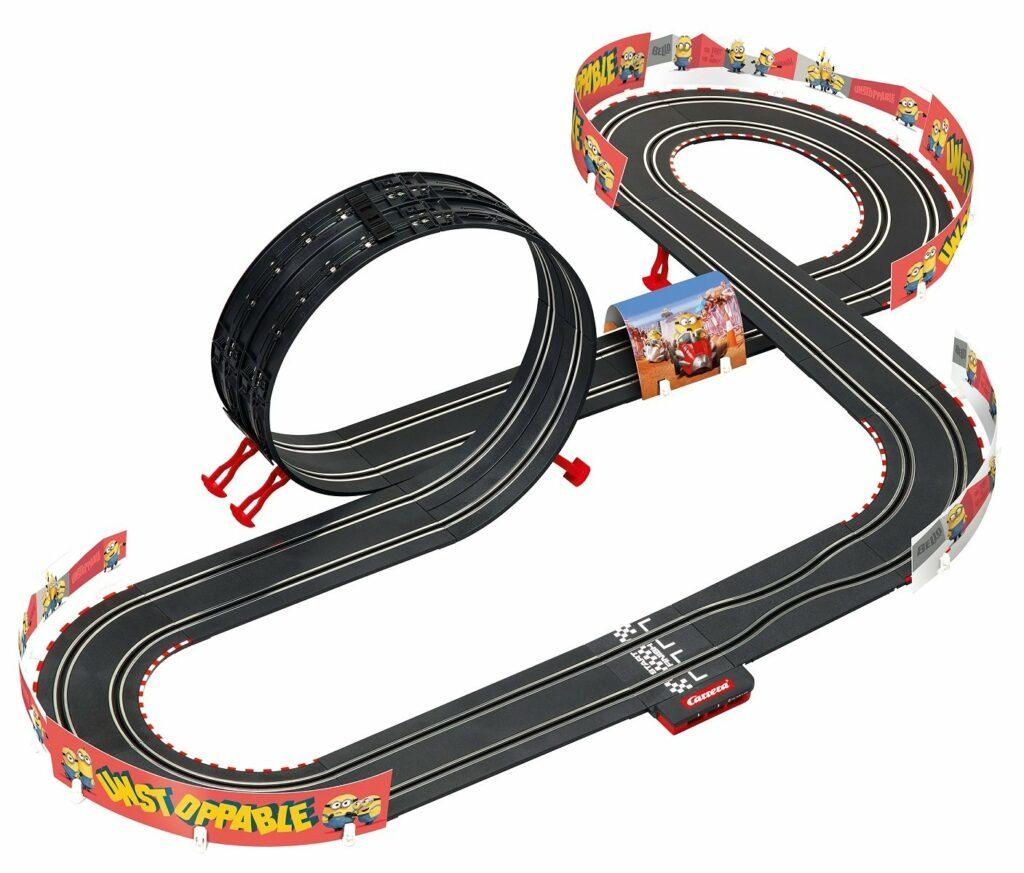 Carrera GO Minions Power Racing Bahn klein