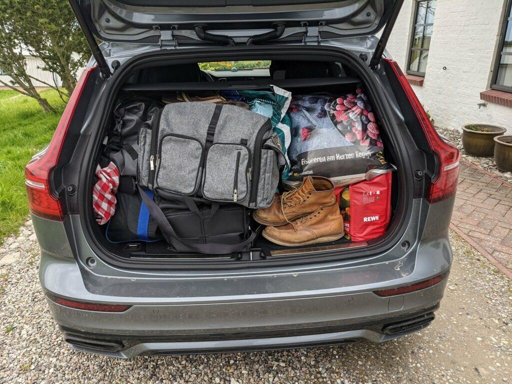 Volvo V60 recharge (2021) Kofferraum