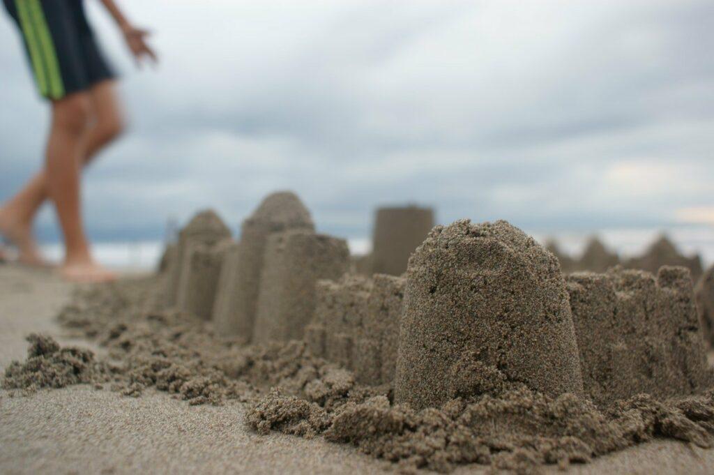 Zum Urlaub am Strand mit Kindern gehört das