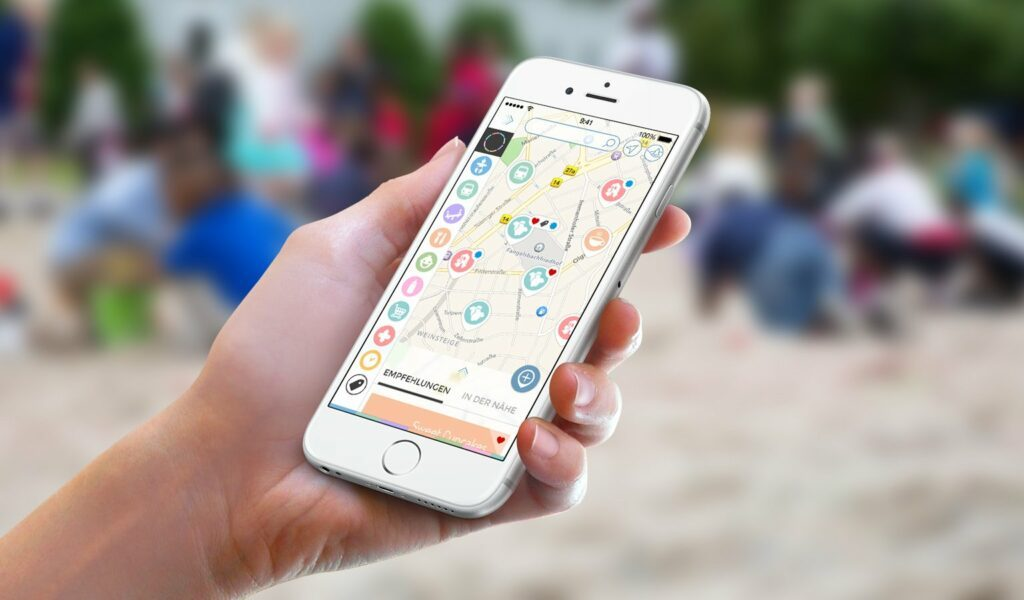 BabyPlaces App hilft Eltern, wenn sie unterwegs sind