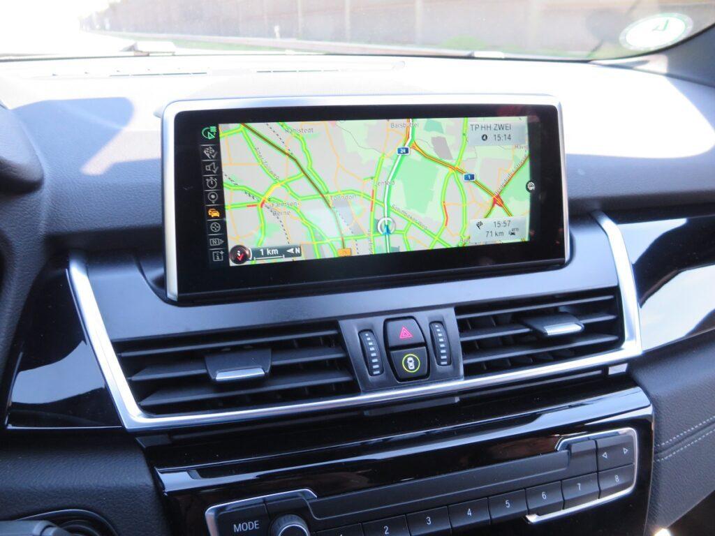 BMW 2er Gran Tourer Kofferraum Display