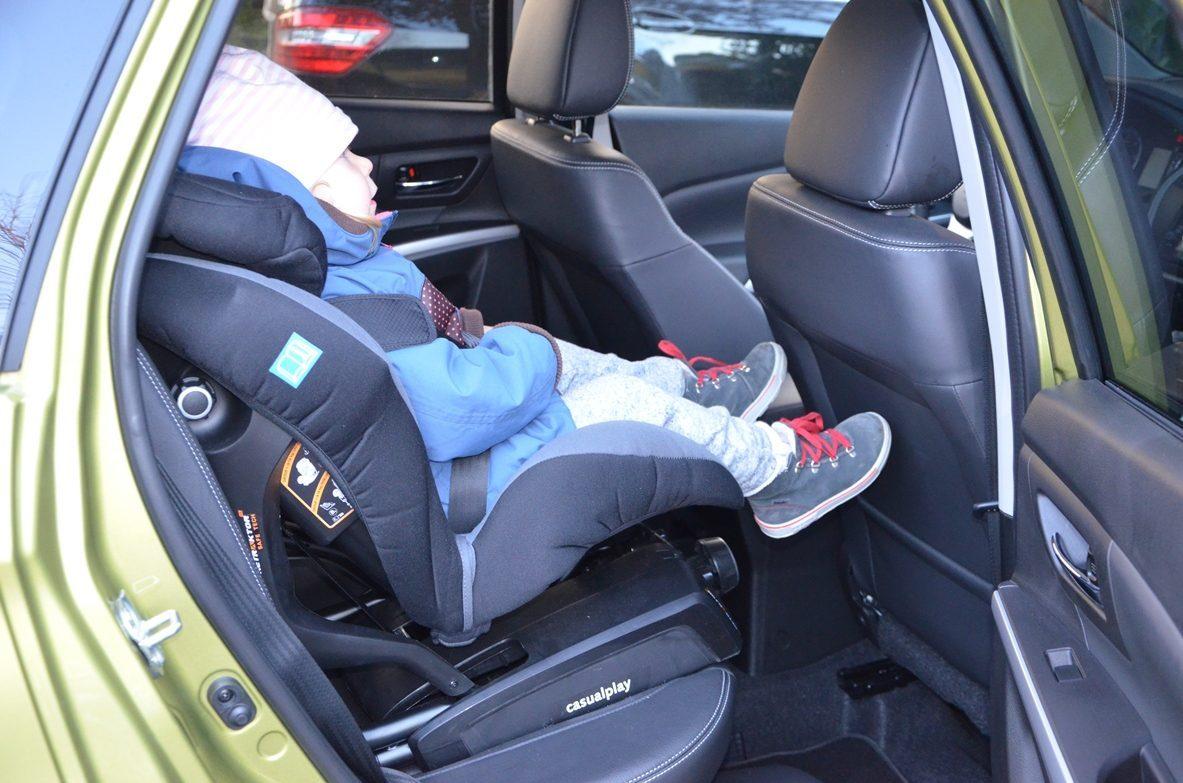 Suzuki SX4 S Cross Kindersitz