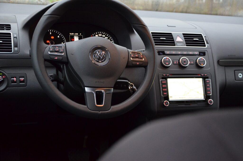 VW Touran TDI (2015) Lenkrad