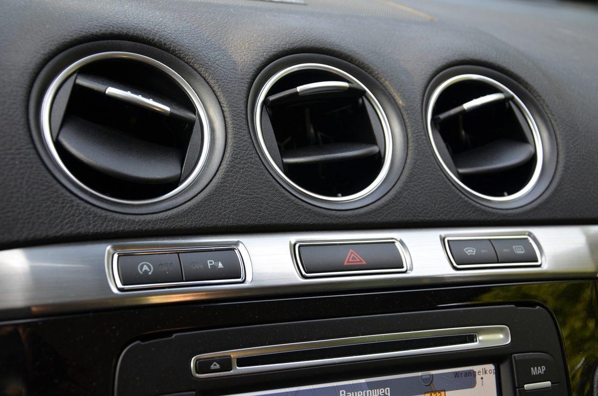 Ford S-MAX Titanium Armatur