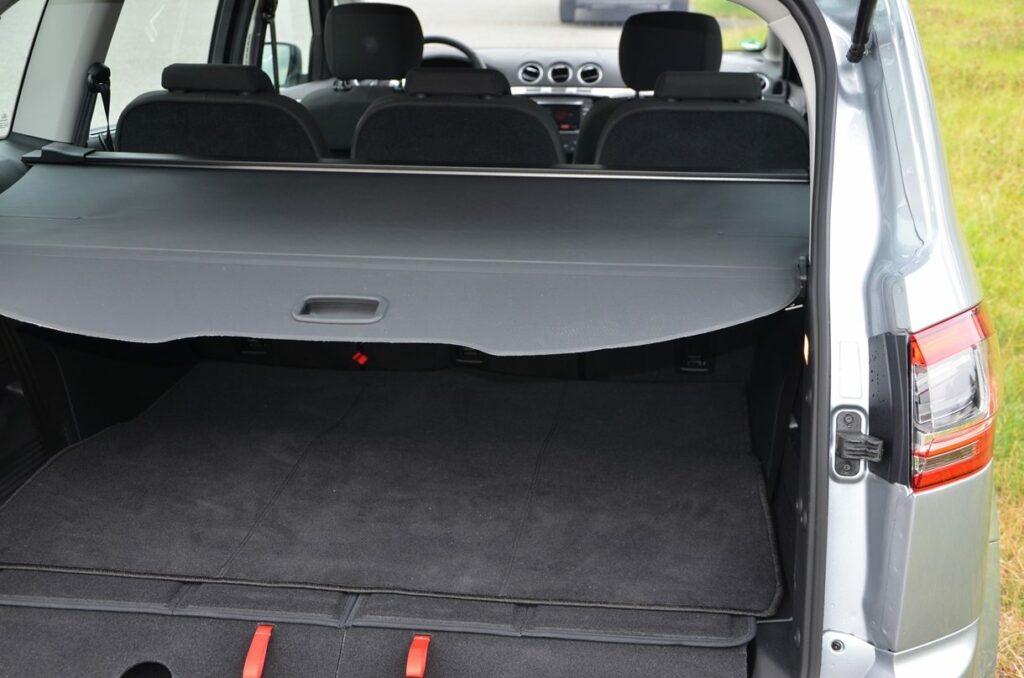 Ford S-MAX Titanium (2014) Kofferraum