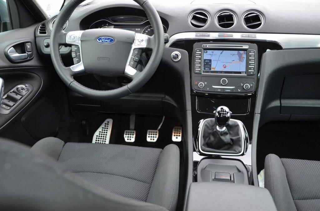 Ford S-MAX Titanium (2014) Cockpit