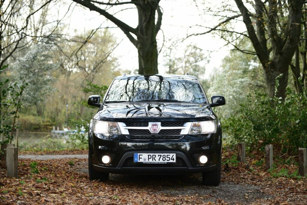 Fiat Freemont 2.0 (2013) Front
