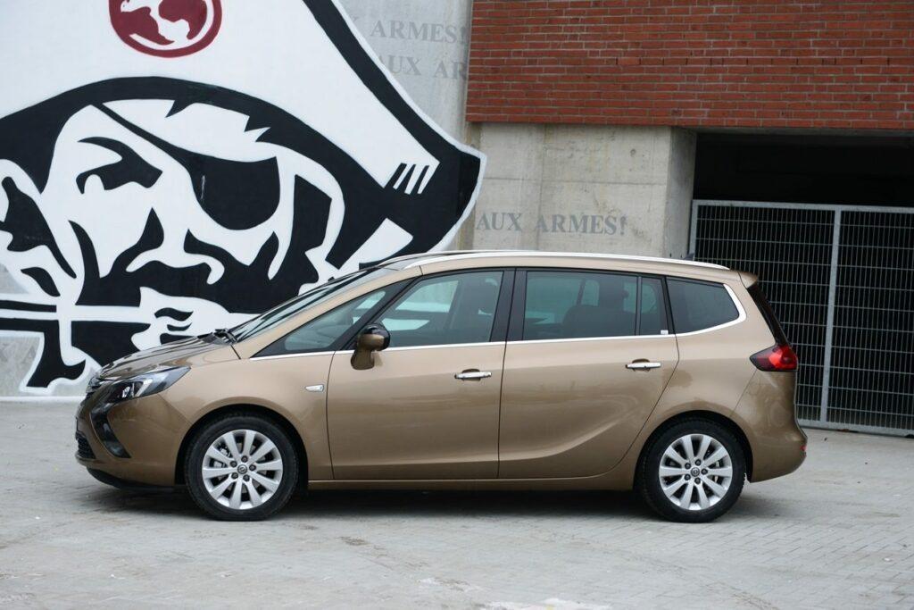 Opel Zafira Tourer (2014) Seitenansicht