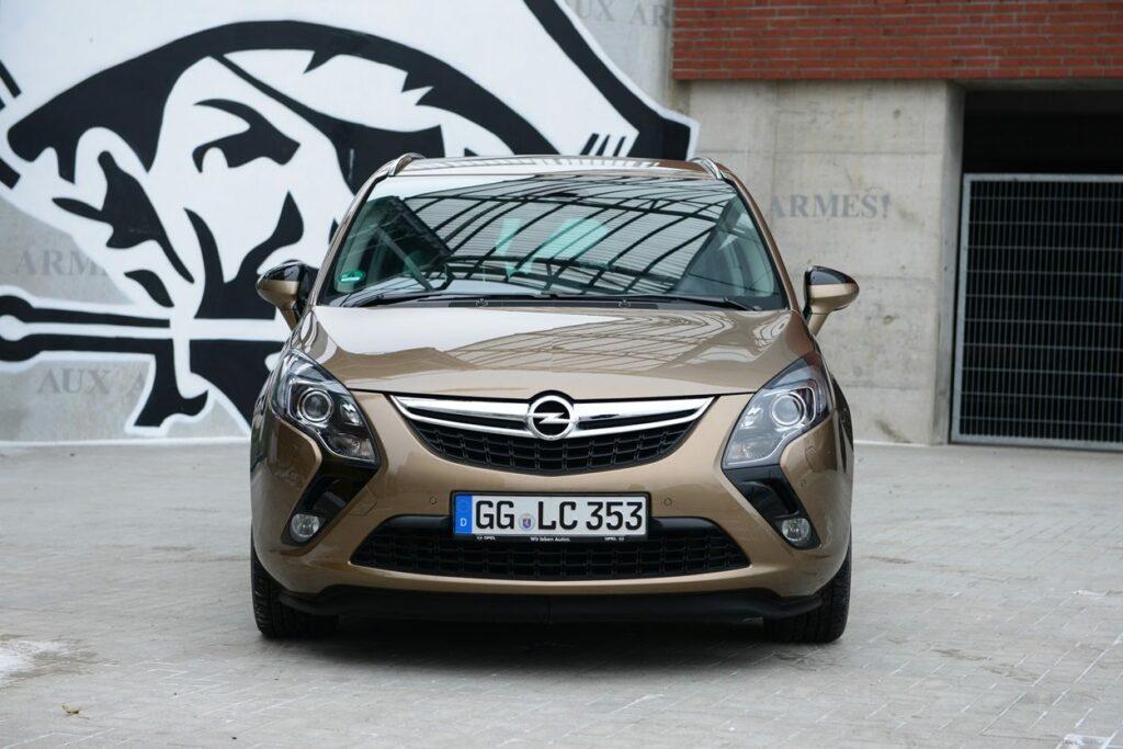 Opel Zafira Tourer (2014) Front