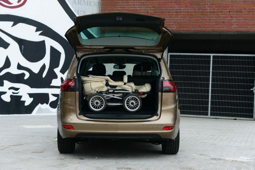 Opel Zafira Tourer (2014) Kofferraum