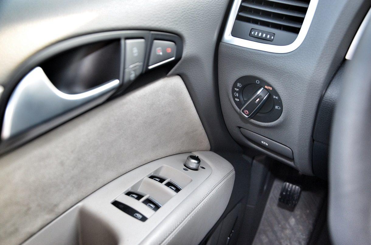 Audi Q7 3.0 TDI quattro Material