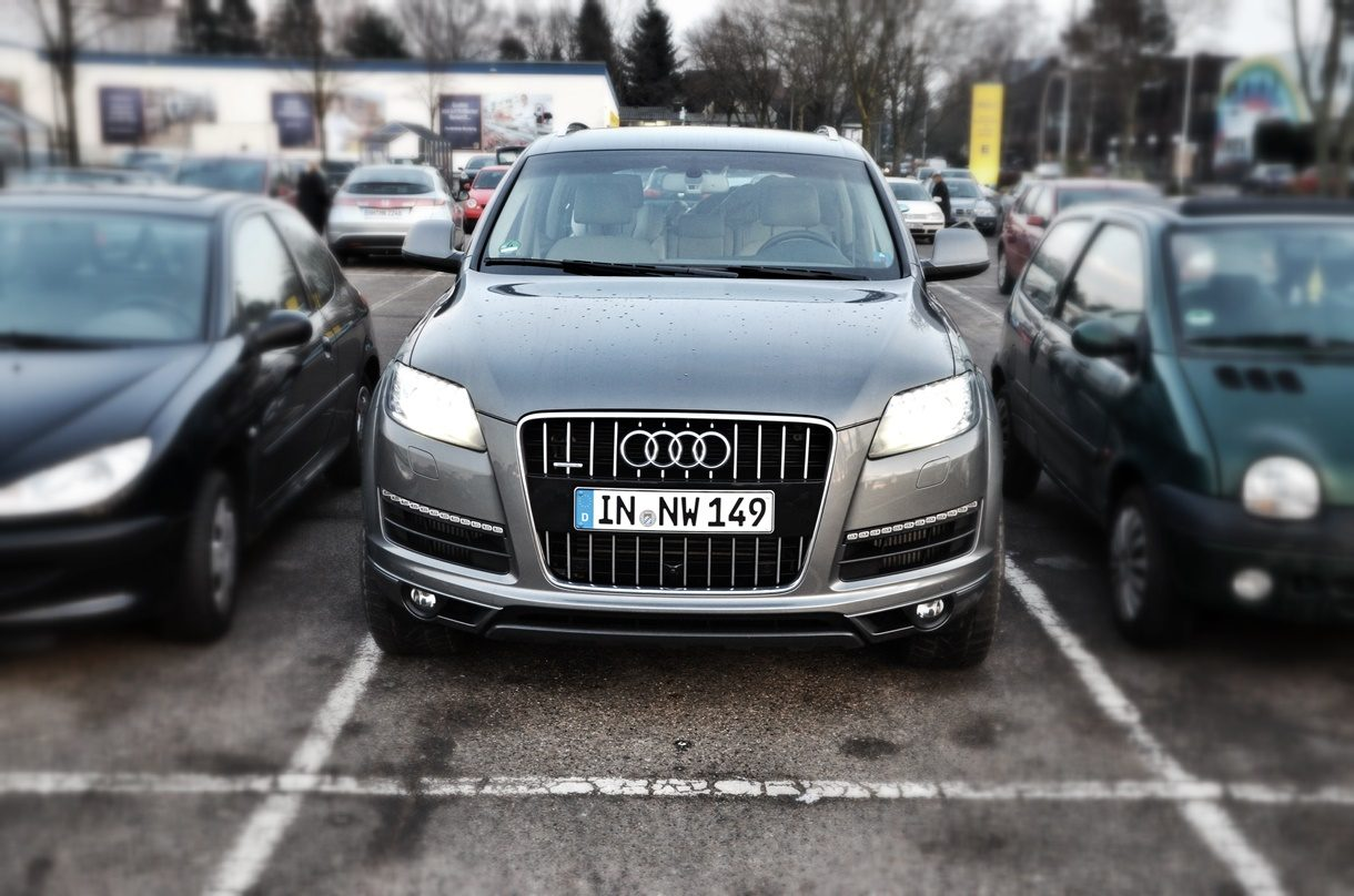 Audi Q7 3.0 TDI quattro Parkplatz