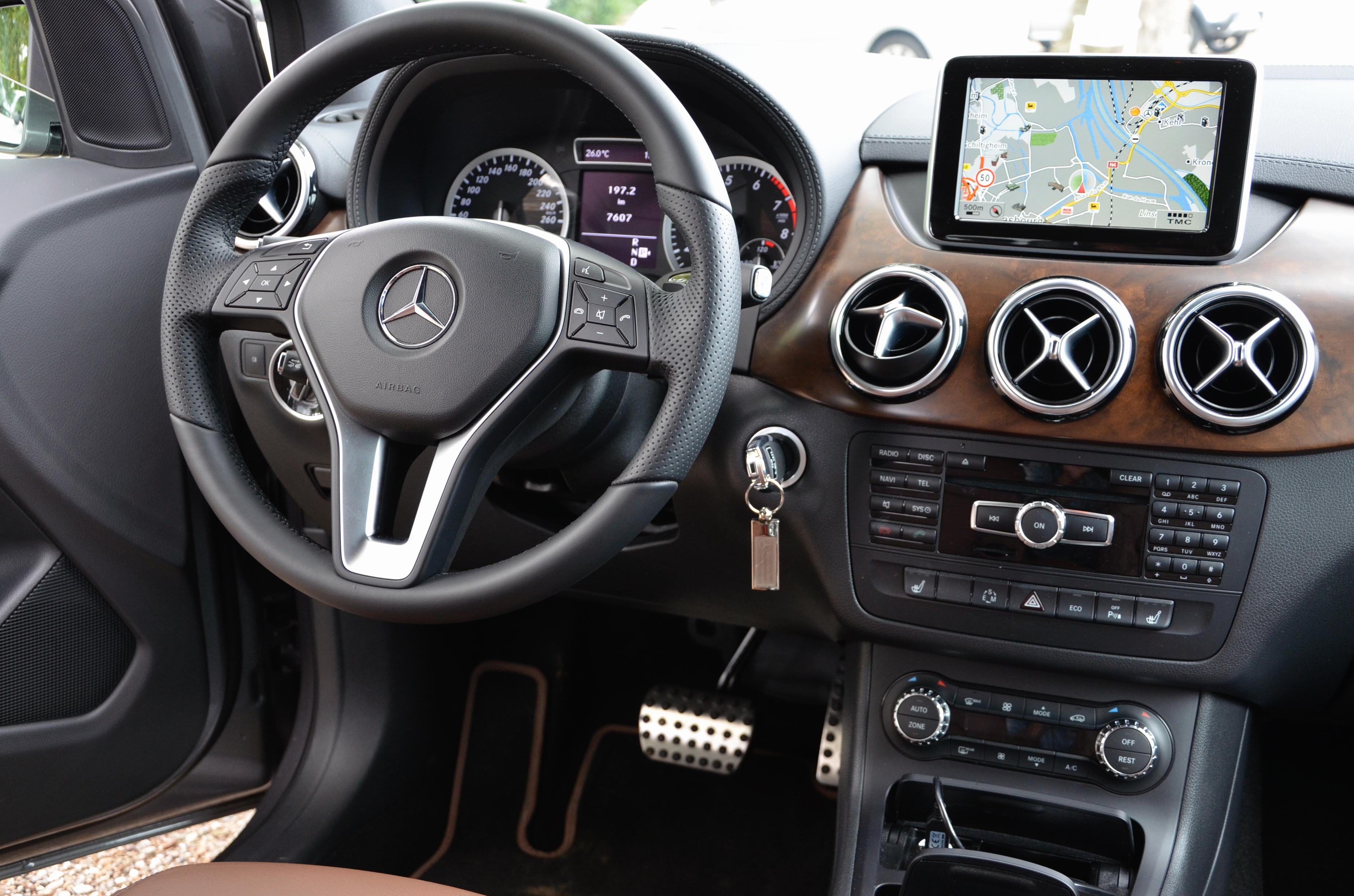 Mercedes-Benz B 250 Sports Tourer Interieur