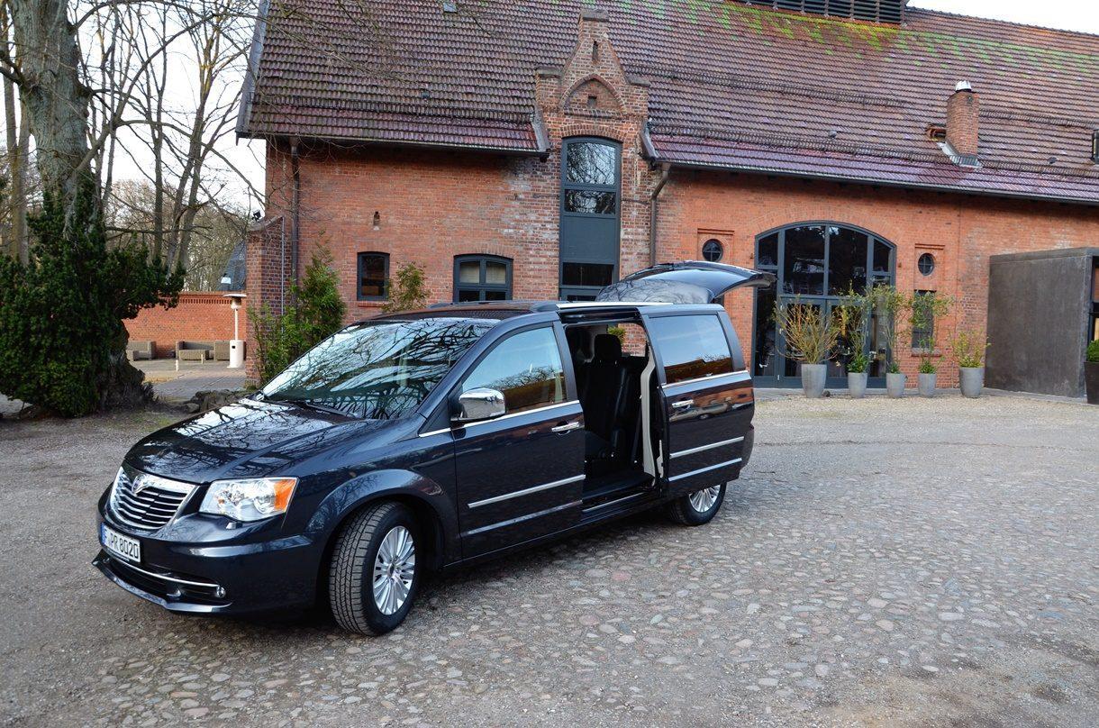 Lancia Voyager Aussenansicht