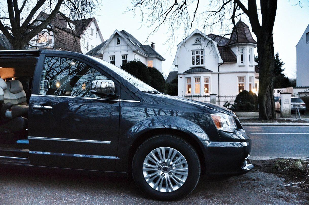 Lancia Voyager Villa